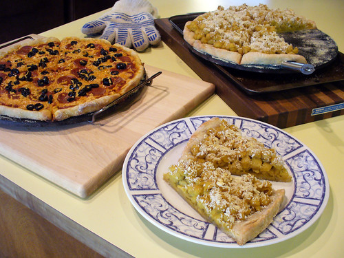 2012-06-23 - Assorted Vegan Pizza - 0023