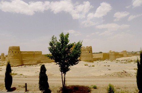 yazd-shiraz-L1020973