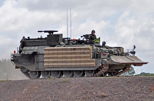 Challenger Armoured Repair And Recovery Vehicle Crarrv