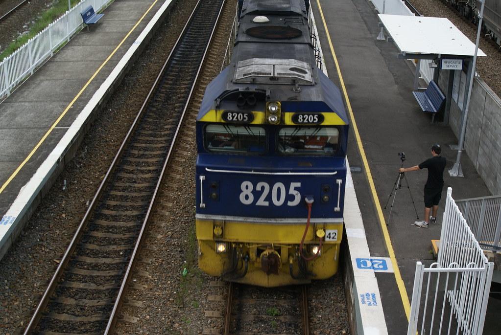 8205 through the platform at Sandgate by David Kimpton