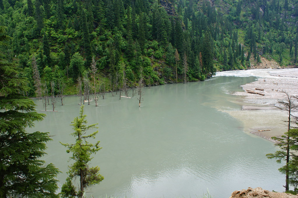 """MJC Summer 2012 Excursion to Neelum Valley with the great """"LIBRA"""" and Co - 7595318464 f8daf125d8 b"""