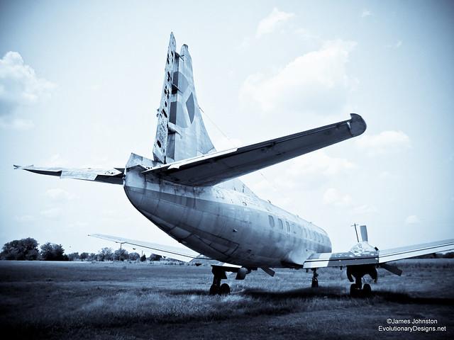 abandoned 404 martin passenger plane tail number found near paris tx. Black Bedroom Furniture Sets. Home Design Ideas