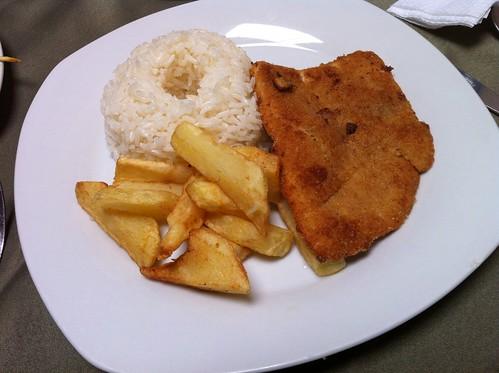 Lima (Perú) | Restaurante El Embrujo | Milanesa de pescado