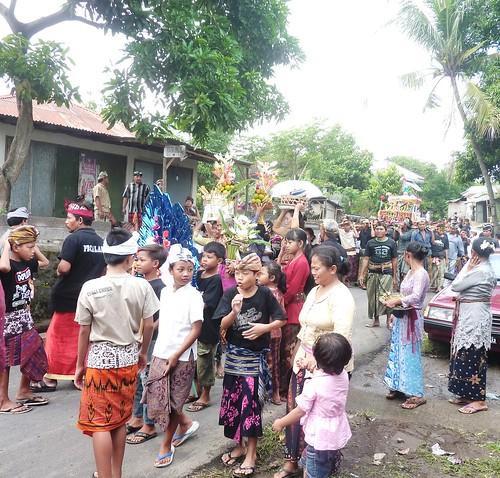 Bali-Funéraille hindoues-Procession (28)