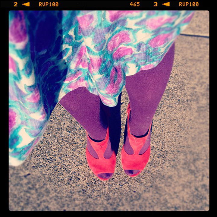 laneway_esme instagram red shoes vintage dress