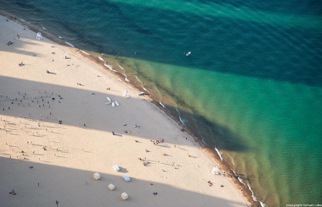 Oak Street Beach - Michigan Lake - Chicago
