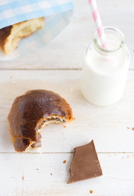 Bollos de leche con chocolate