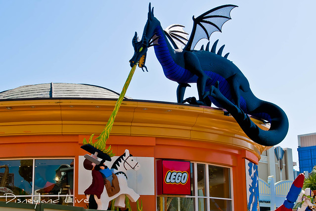 LEGO Imagination Station Dragon / Prince Philip - Downtown Disney