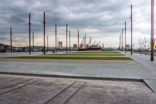 Titanic Belfast is an iconic six-floor building featuring nine interpretive galleries (surrounding area) by infomatique