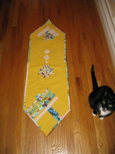 table runner with cat