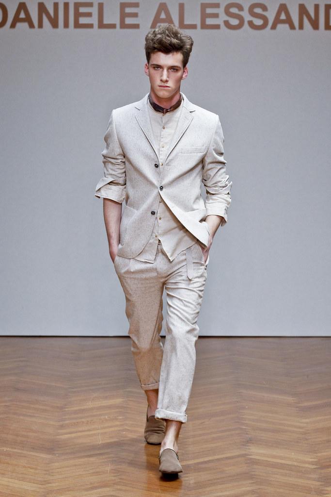 SS13 Milan Daniele Alessandrini016_Johnny George(fashionising.com)