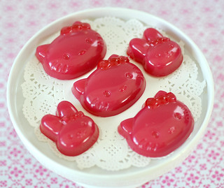 Hello Kitty raspberry candies