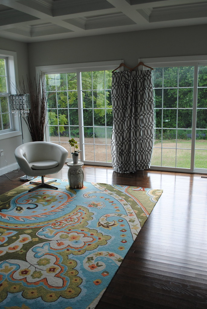 Can I use these curtains with this rug? Pattern Conflict ...