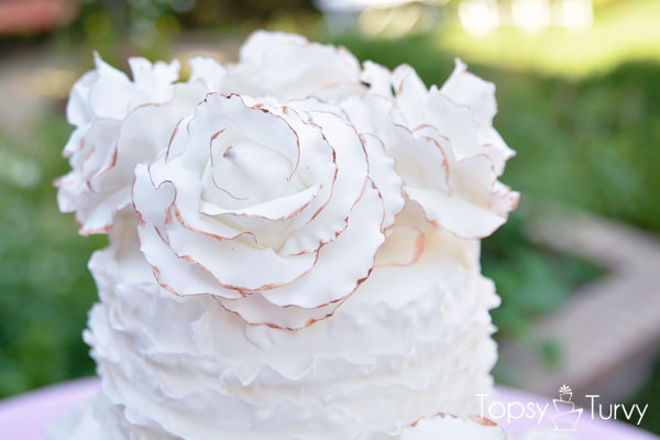 vintage-ruffled-wedding-cake-topper