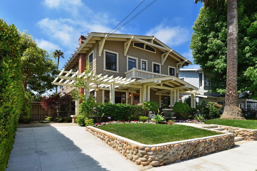 1809 W. Montecito Way