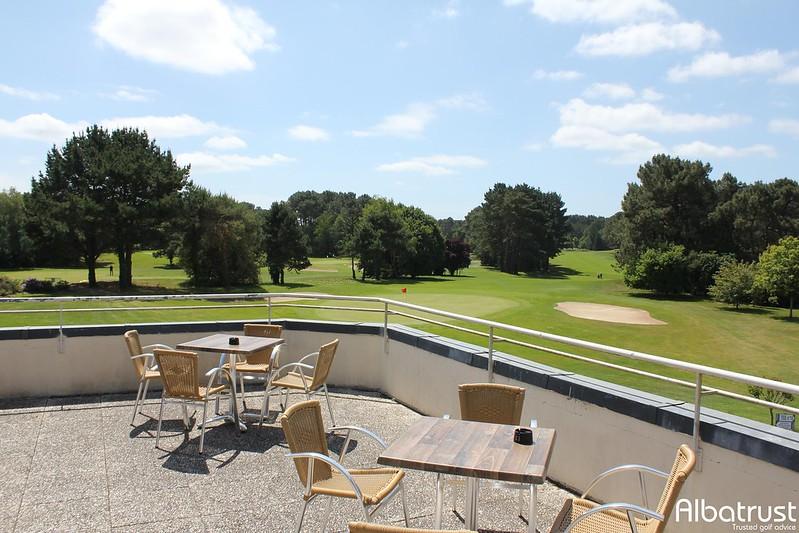 photo du golf Golf De Saint Laurent - Parking