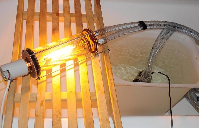 Как сделать водяную лампу