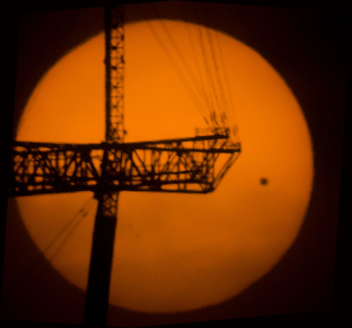 Transit of Venus-Sutro Tower.jpg