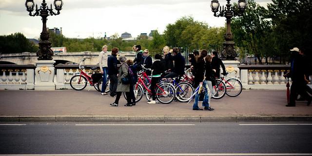 tourists ona bike