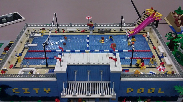 Lego city pool flickr photo sharing for Lego garden pool