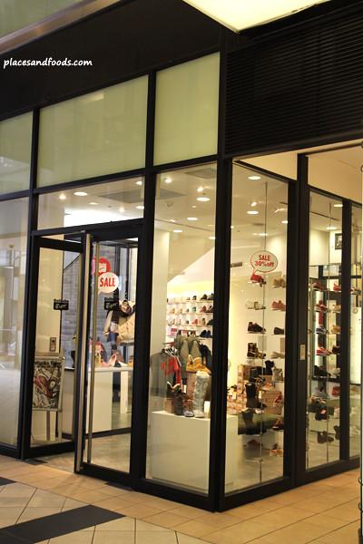 onitsuka tiger osaka shop 1