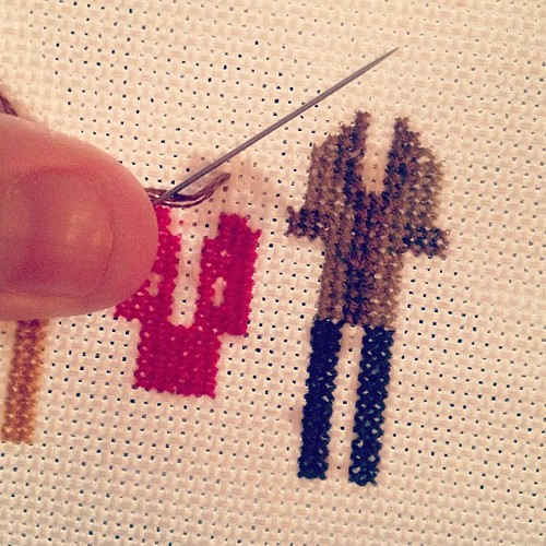 Dorothy's suit is looking mighty nice! ☺ #thegoldengirls #weelittlestitches #crossstitch #crafty