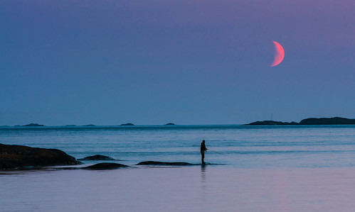 Fisherman and the moon