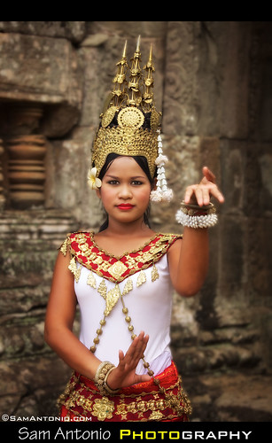 Apsara Dancer - Angkor Wat, Cambodia by Sam Antonio Photography