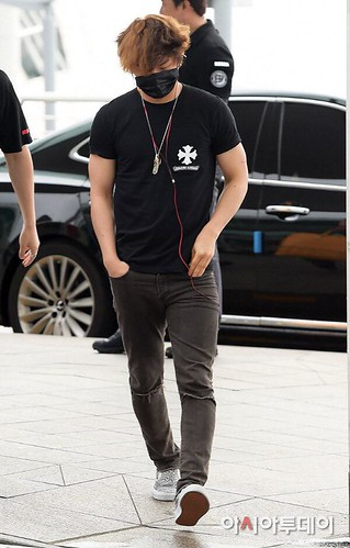 Big Bang - Incheon Airport - 26jun2015 - Press - 02