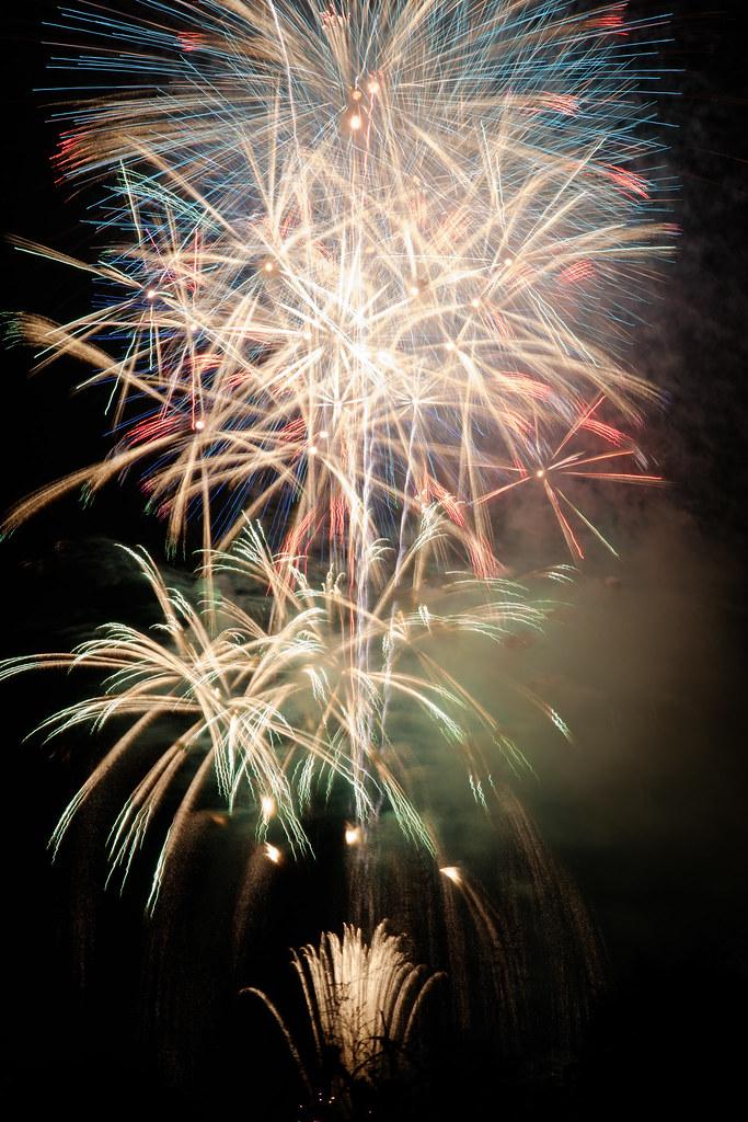 color tone tonight /Chofu summer fireworks