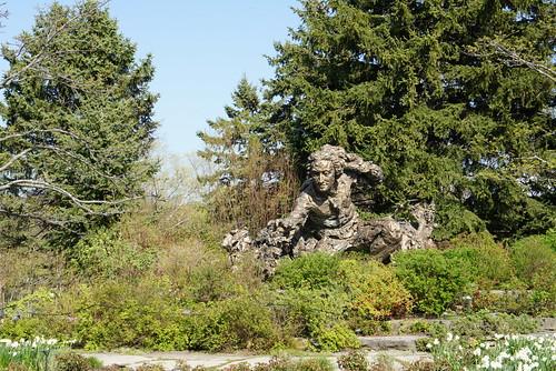 Carolus Linnaeus statue @ Chicago Botanic Garden