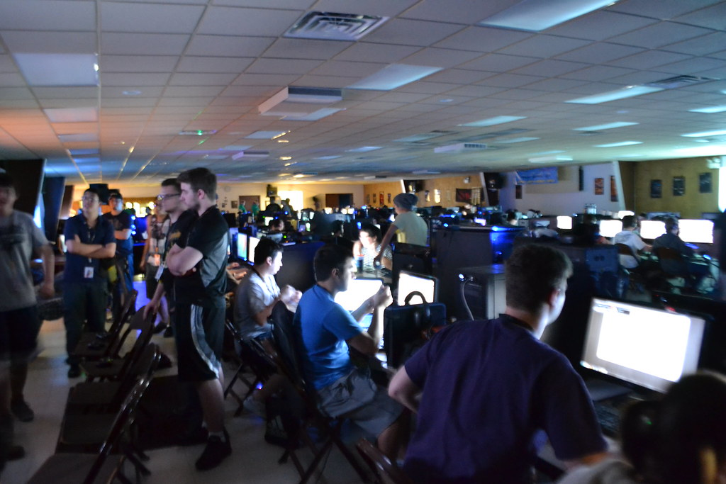 E-sports on display at Pittsburgh LAN party