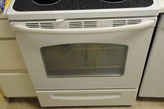 automotive exterior(0.0), wheel(0.0), gas stove(0.0), bumper(0.0), clothes dryer(0.0), kitchen appliance(1.0), kitchen stove(1.0), major appliance(1.0),