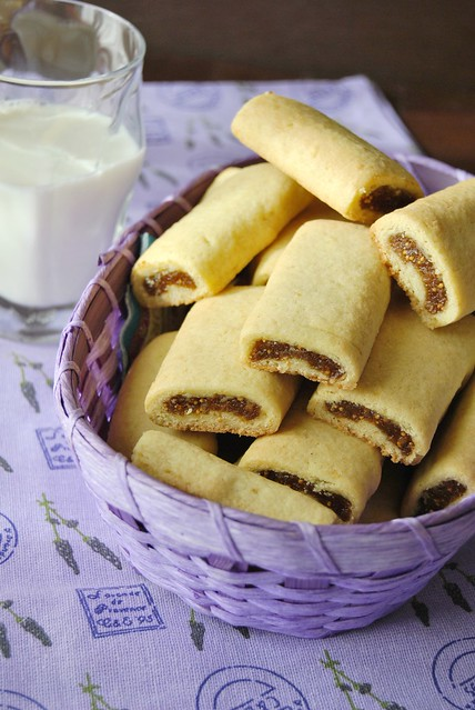 Mini Strudels with Dried Figs