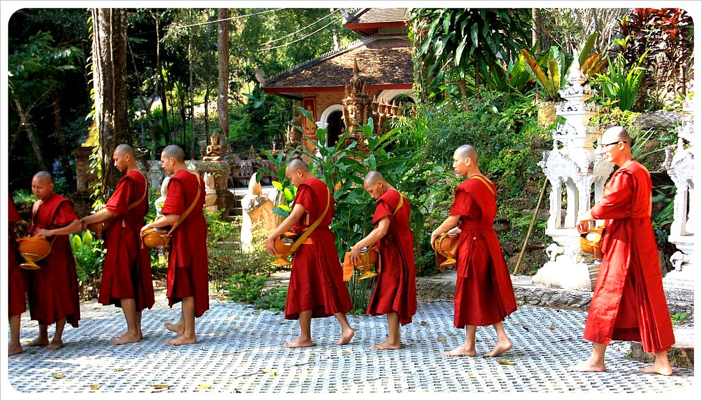 chiang mai mountain temple monks