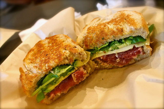 Hawaiian Seared Ahi Tuna Sandwich @ Leoda's Kitchen & Pie Shop ...