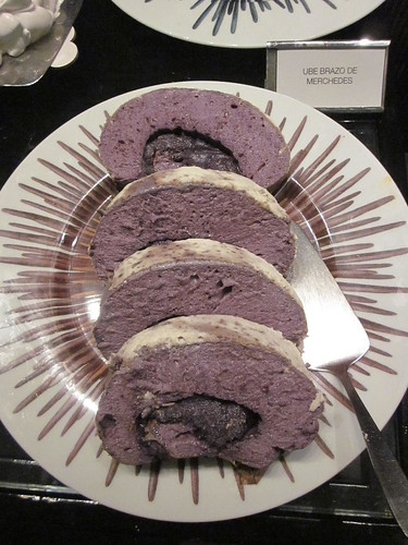 IMG_8618: Prazo de Mercedes with Ube Filling