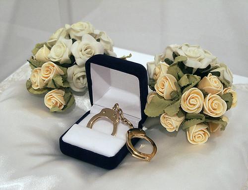 784px-Esposas_de_Matrimonio_1