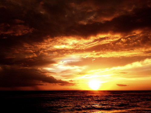 Sun, Sea and Clouds: iPad Sunset...