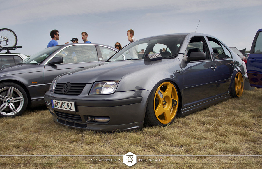 grey mk4 vw jetta orange fifteen52 1552 tarmacs  at euro hanger 2012 Michigan 3pc wheels static airride low slammed coilovers stance stanced hellaflush poke tuck negative postive camber fitment fitted tire stretch laid out hard parked seen on klutch republik