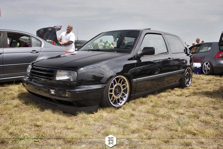 black vw mk3 golf gti jetta nose 1552 fifteen52 RML snowflakes  at euro hanger 2012 Michigan 3pc wheels static airride low slammed coilovers stance stanced hellaflush poke tuck negative postive camber fitment fitted tire stretch laid out hard parked seen on klutch republik