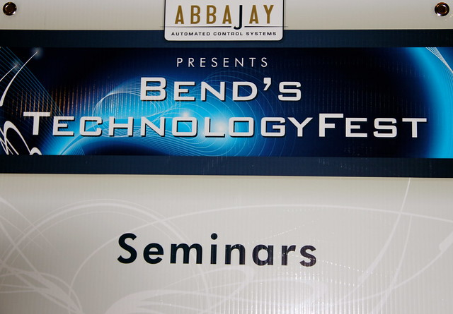 Technology Fest Bend, Abbajay, The Oxford Hotel