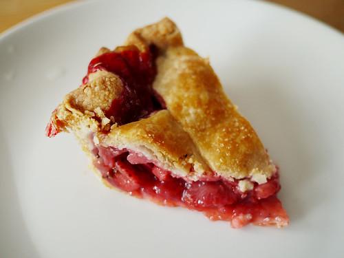 07-16 strawberry basil pie