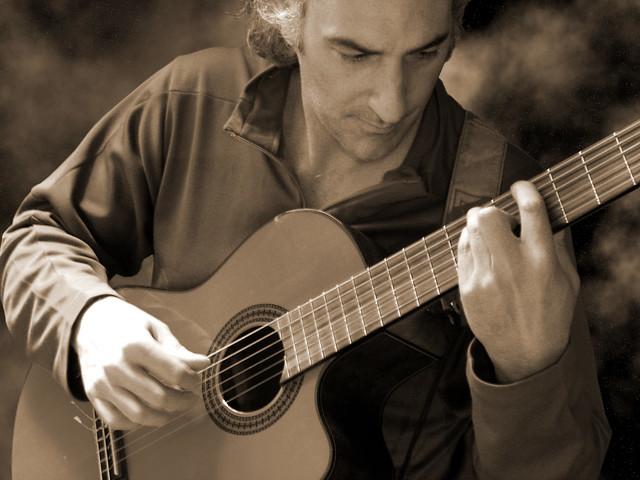 Pedro Menendez - Guitar