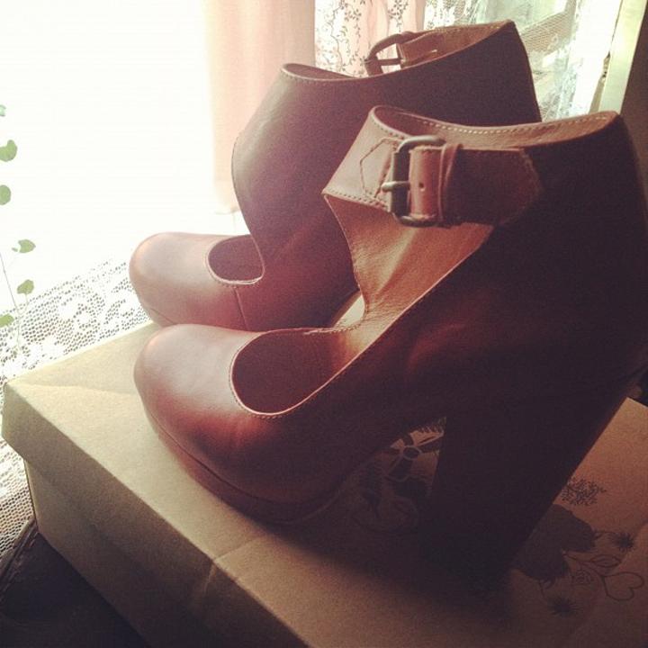 laneway_esme instagram gorman shoes cecilia