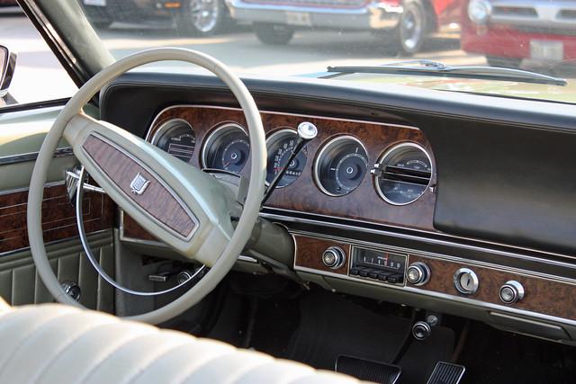 Interieurs Cars. - a g...