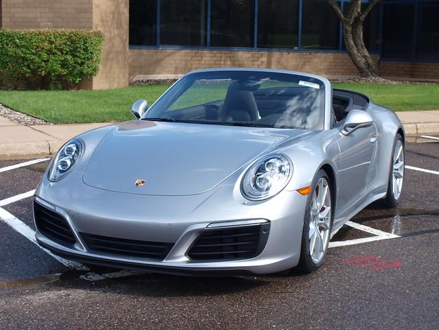 2017 Porsche 911 Carrera 4S carbiolet