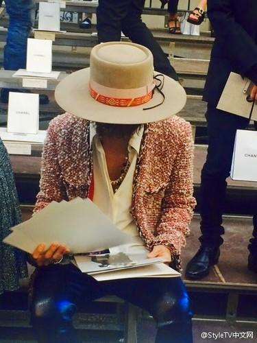 GD-Chanel-Fashionweek2014-Paris_20140930_(26)