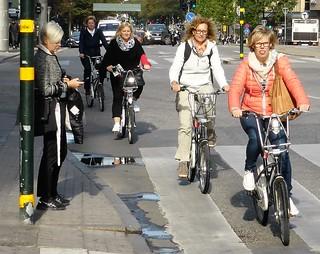 Women bicyclists