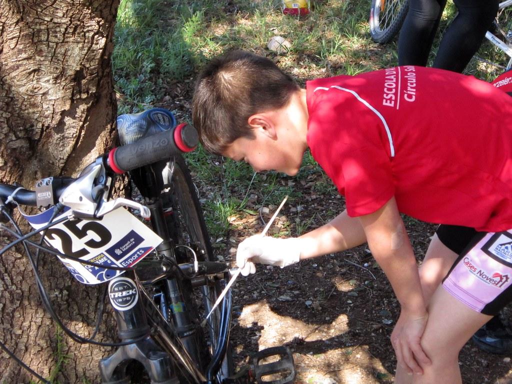 Escola Ciclisme 21-04-2012.